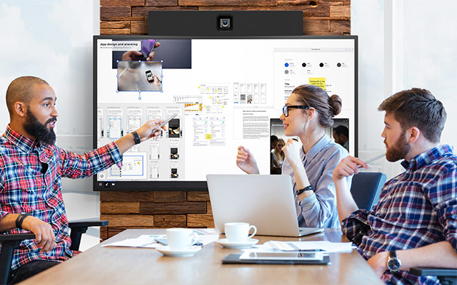 Digital Signature Konferenzraum Ausstattung IT Technik Leinwand
